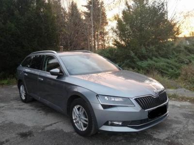 Prenájom vozidla Škoda Superb